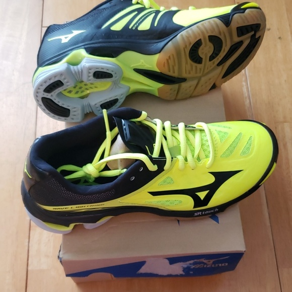 mizuno yellow volleyball shoes green